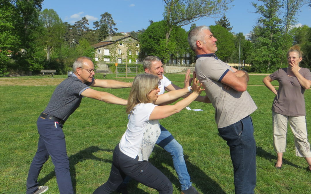 Le Groupe La Poste fait appel avec succès au happy Teambuilding augmenté de Brochet-Teambuilding pour déployer sa nouvelle organisation en Auvergne Rhône-Alpes !